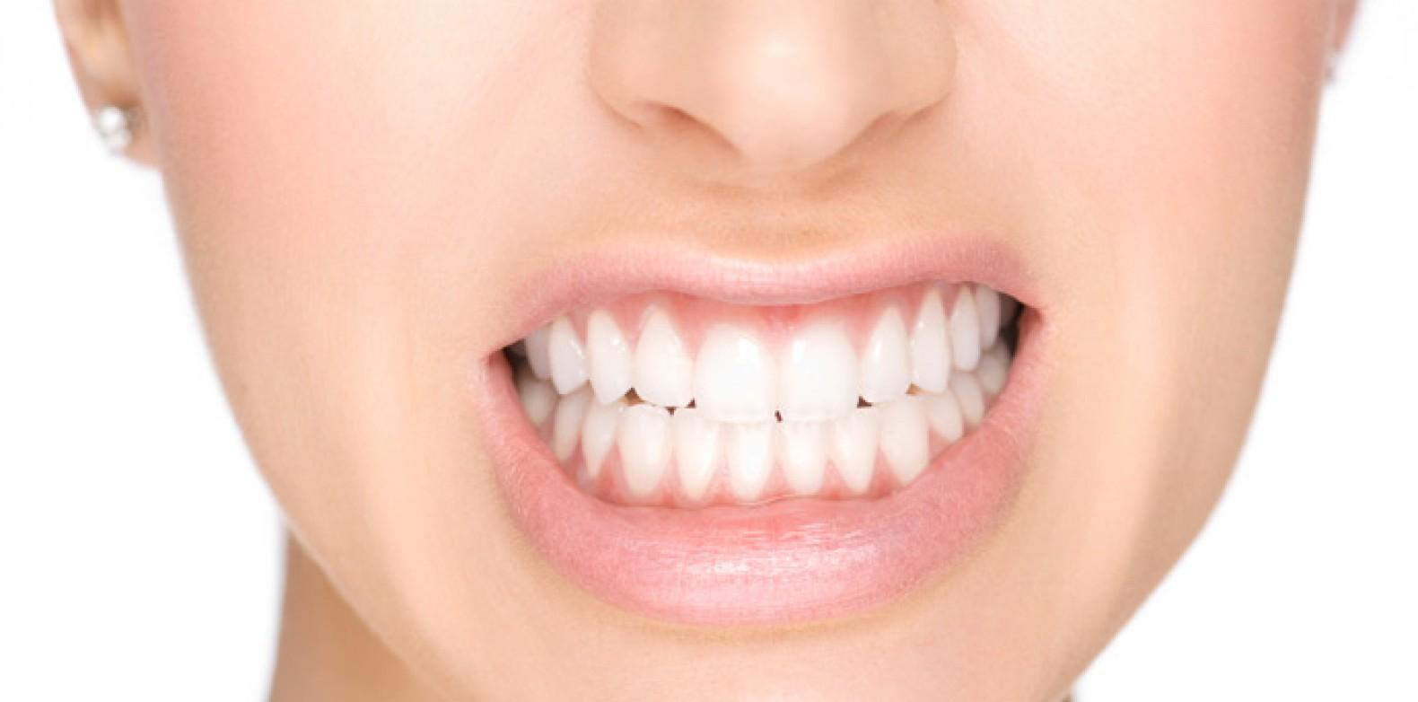 Quem nunca acordou com dores na mandíbula ao abrir e fechar a boca…